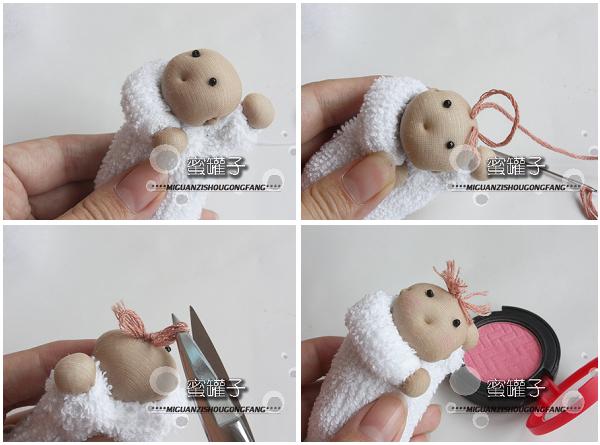 襁褓小婴儿——破洞丝袜的可爱用途