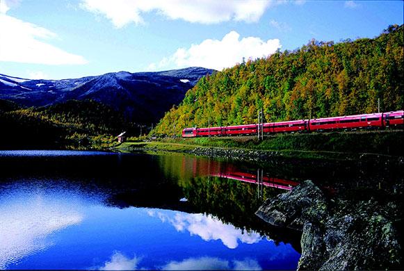 zt - 世上风景最美的10支铁路线(组图